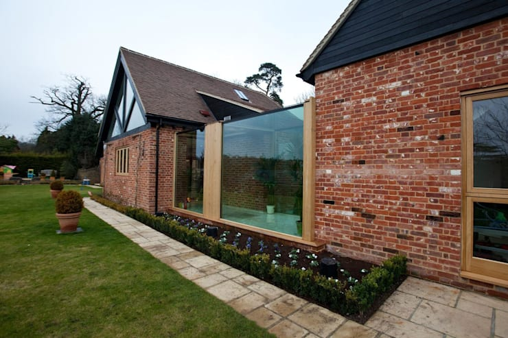 The Stables:  Houses by Clear Architects