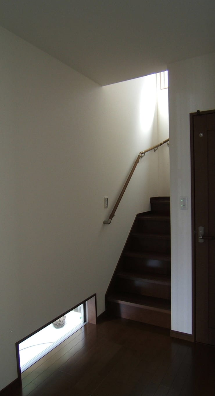 Corridor & hallway by OSM建築設計事務所