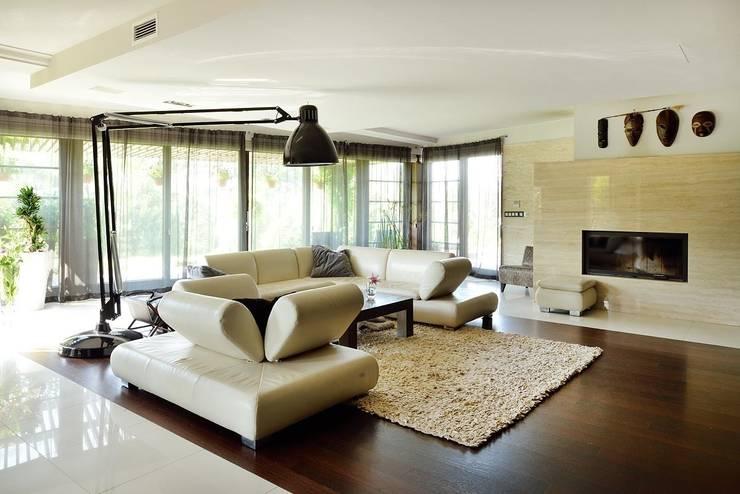 Living room by ARCHITEKT.LEMANSKI