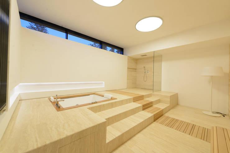 Дом №1: Ванные комнаты в . Автор – Elena Zazulina