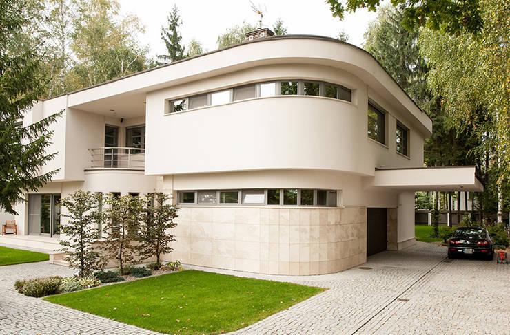 LK&907 realizacja: styl , w kategorii Domy zaprojektowany przez LK & Projekt Sp. z o.o.,Nowoczesny