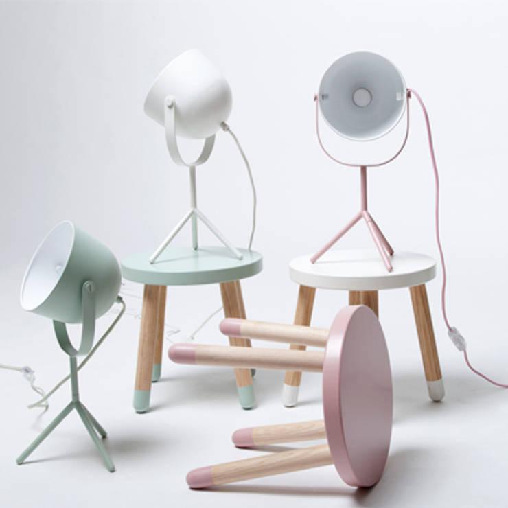 Lampki Monty: styl , w kategorii  zaprojektowany przez FLEXA,Skandynawski