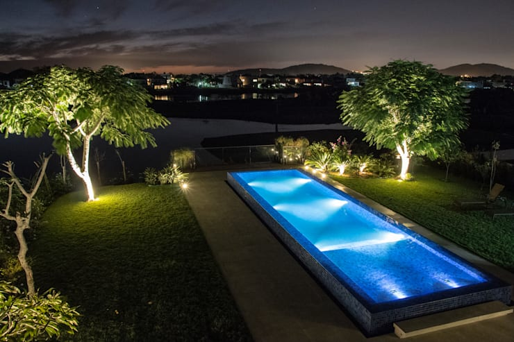 Garden by Loro Arquitetura e Paisagismo, Minimalist