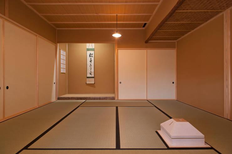 茶室: 一級建築士事務所  M工房が手掛けた和室です。