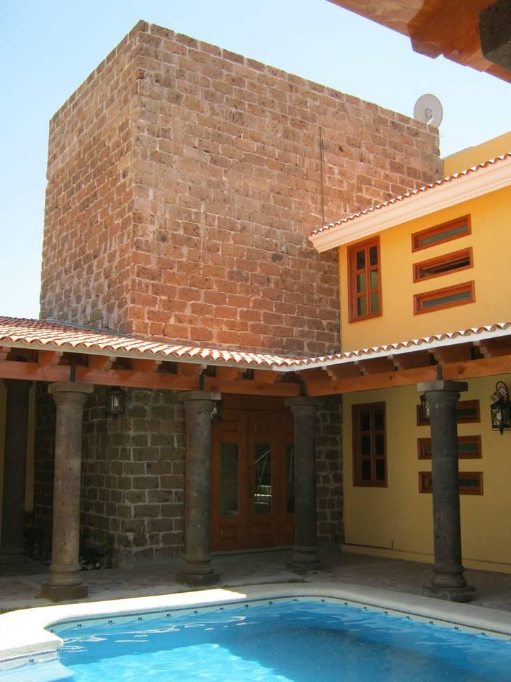 Casa de descanso fl: Casas de estilo  por ipalma arquitectos