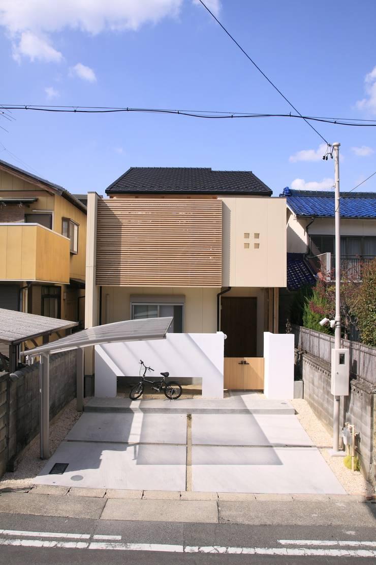 外観: 加藤一高建築設計事務所が手掛けた家です。,和風