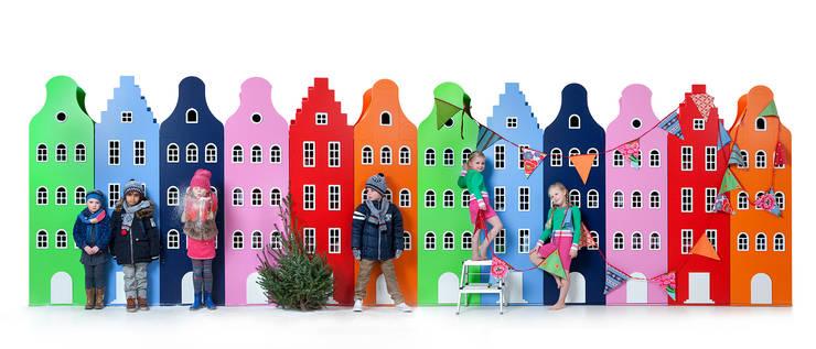 Stanza dei bambini in stile  di This is Dutch bv
