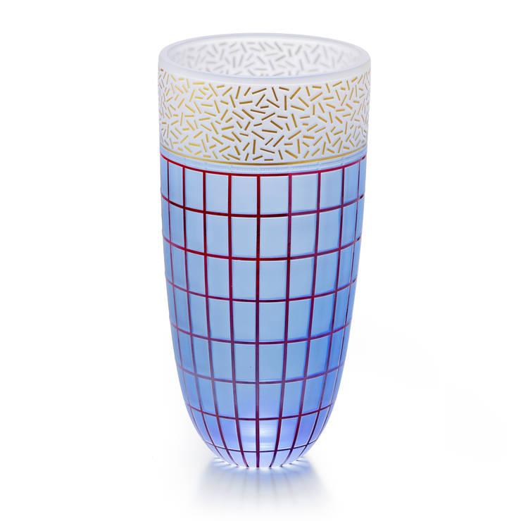 Handgefertigte Vasen Aus Lübeck