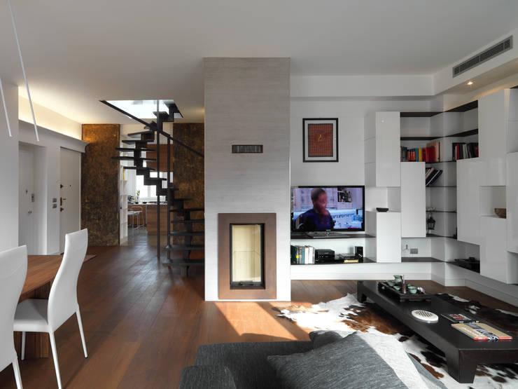 Wohnzimmer von D3 Architetti Associati