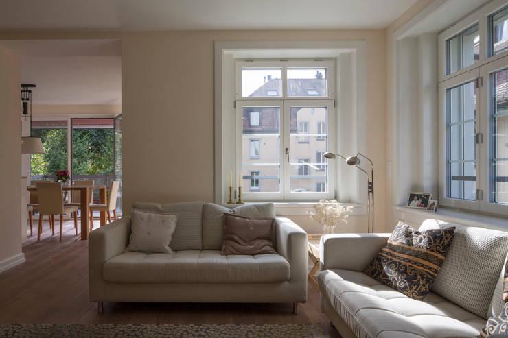 Salas de estilo  por Tschander.Keller architekten