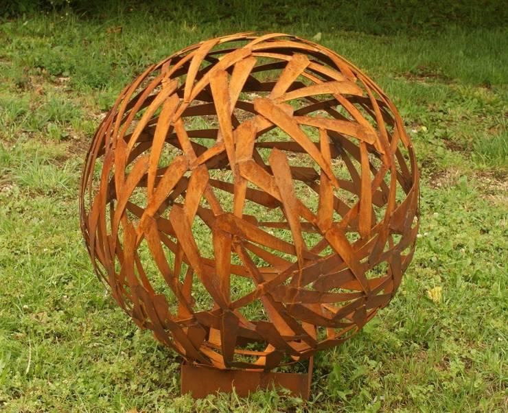 Rost Kugel Durchmesser 80cm: rustikaler Garten von Gartendekoshop24