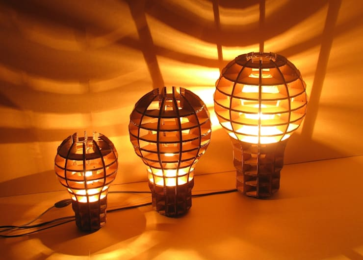 "Lampe suspension ou à poser "" Be a Big Lightbulb"": Art de style  par Be The Light"