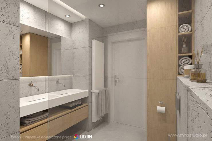 Podwójna umywalka od Luxum: styl , w kategorii Łazienka zaprojektowany przez Luxum,Nowoczesny
