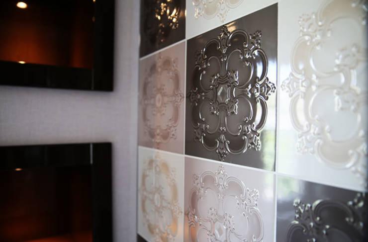 klassische Badezimmer von Aykuthall Architectural Interiors
