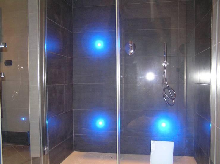 modern Bathroom by SA.GER