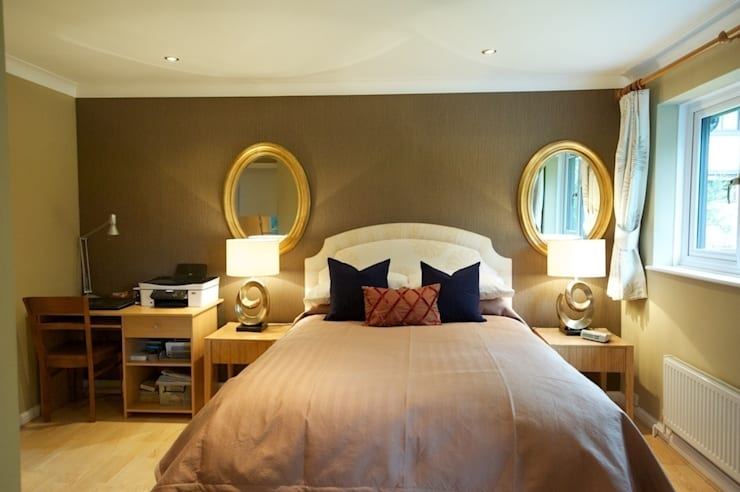 Master bedroom feature wall:  Bedroom by Chameleon Designs Interiors