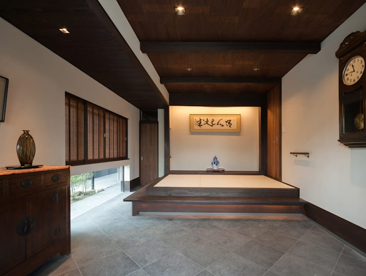 島原古民家再生: 環アソシエイツ・高岸設計室が手掛けた壁です。