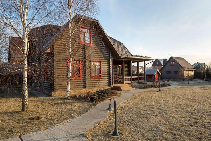 Log cabin by Tatiana Ivanova Design, Country