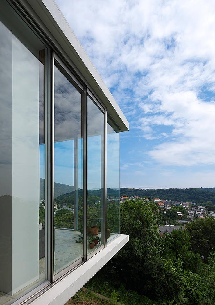 段床の家/葉山K邸 (Dansho -no IE ): Archiplus Architectural Design Office / ㈱アーキプラス一級建築士事務所が手掛けた家です。