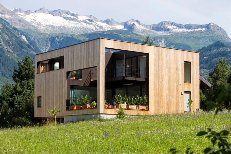 Projekty, nowoczesne Domy zaprojektowane przez dreipunkt ag