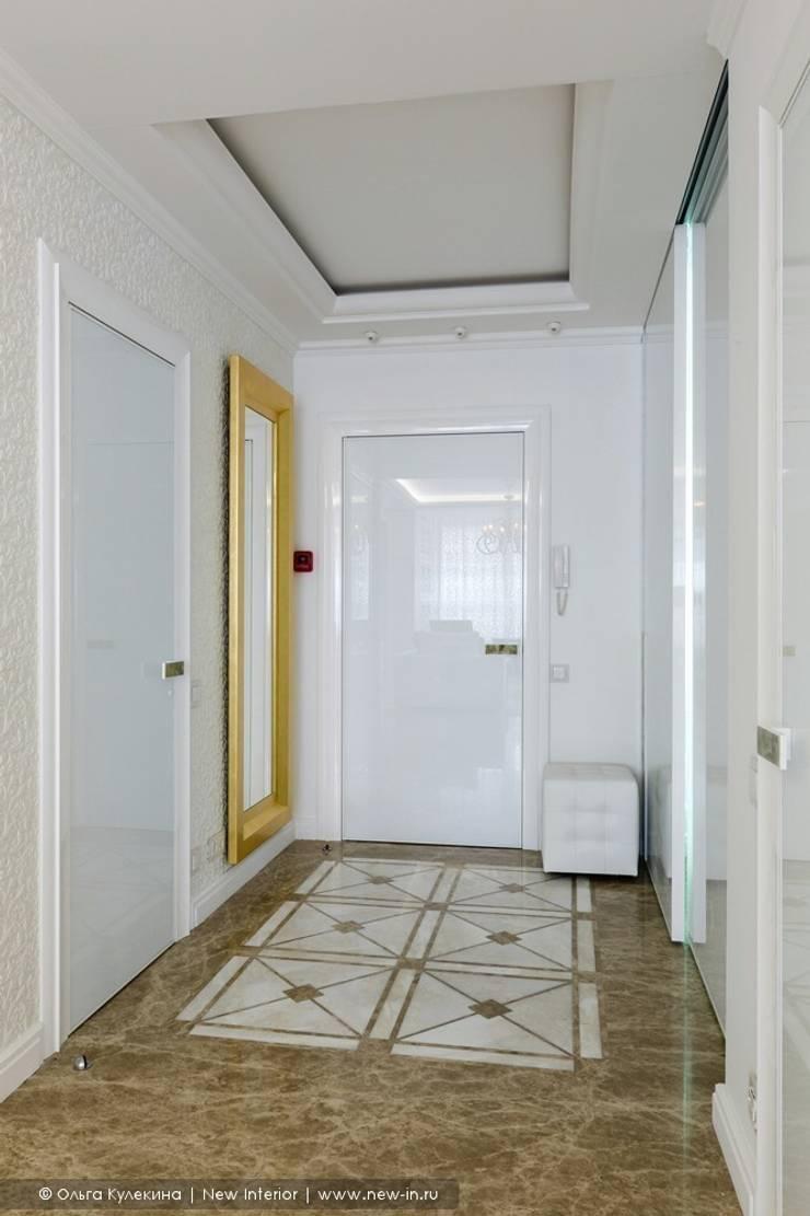 «Белоснежная Москва» – квартира на Красной Пресне – 131,3 м²: Коридор и прихожая в . Автор – Ольга Кулекина - New Interior