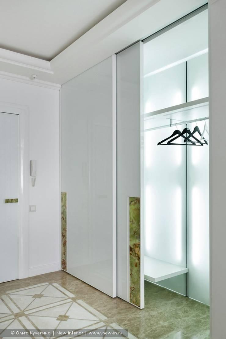 «Белоснежная Москва» - квартира на Красной Пресне - 131,3 м²: Гардеробные в . Автор – Ольга Кулекина - New Interior