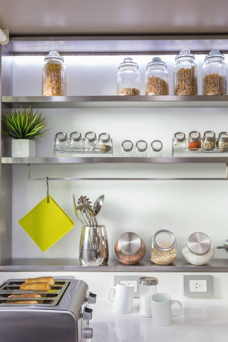 Cocina de estilo  de GUTMAN+LEHRER ARQUITECTAS