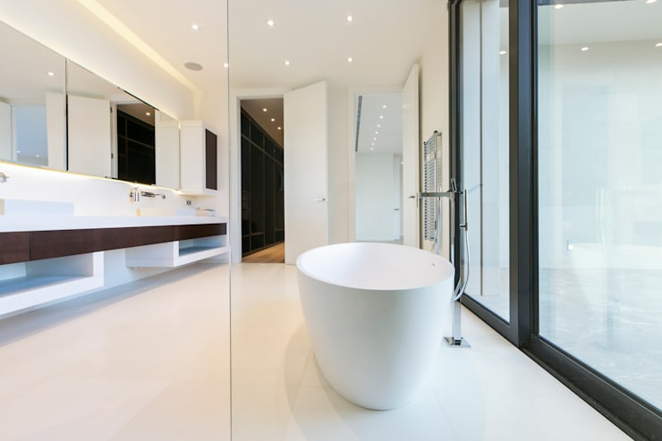Bathroom by RM arquitectura