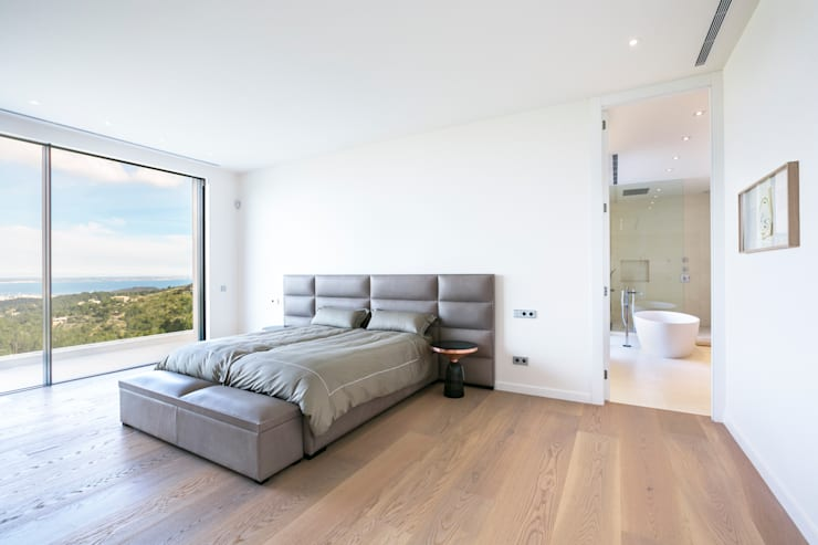CASA SV II: Dormitorios de estilo minimalista de RM arquitectura