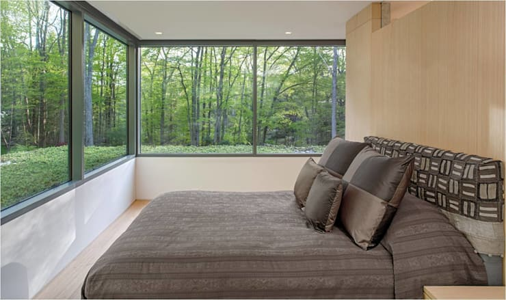 Bedroom by Specht Architects