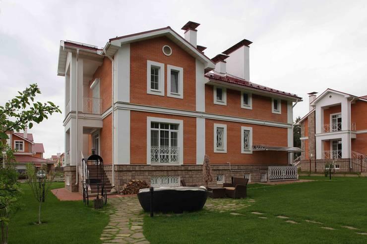 Загородный дом 360м2: Дома в . Автор – Tatiana Ivanova Design