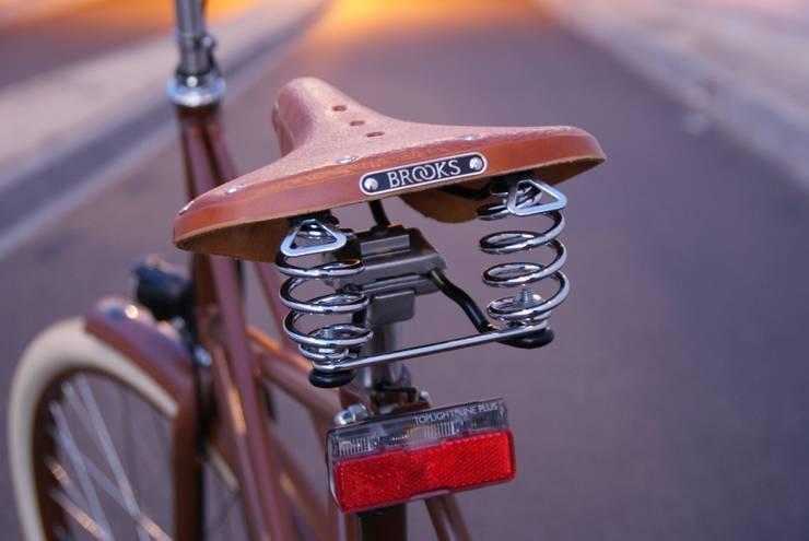 Brown Iron Horse:  Garages/schuren door BRINKHAUS fietsen
