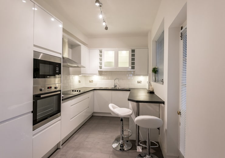 Kitchen : Modern and practical : modern Kitchen by In:Style Direct