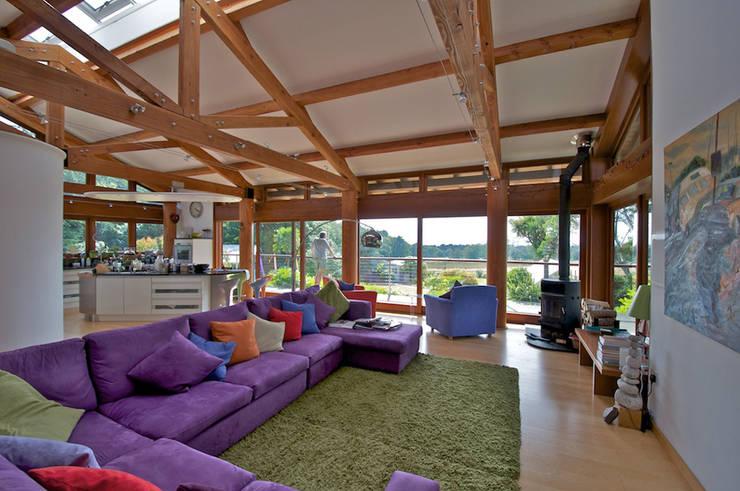 Projekty,  Salon zaprojektowane przez DUA Architecture LLP