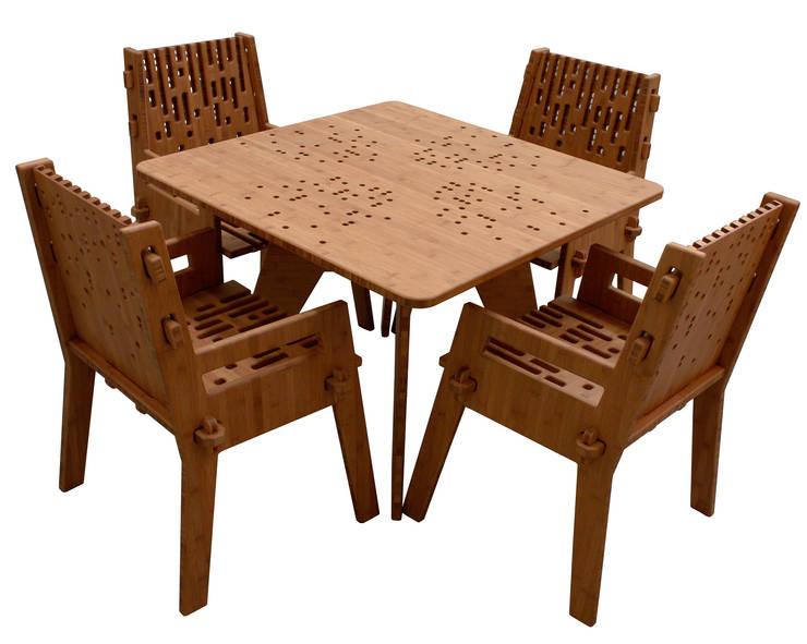 Mesa con 4 sillas Beat: Balcones y terrazas de estilo  por Wedgewood Furniture