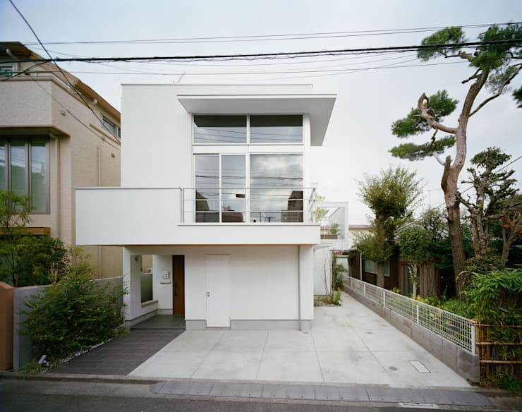 南側外観: 伊藤一郎建築設計事務所が手掛けた家です。