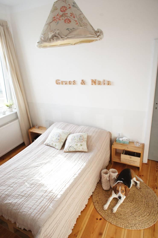 Projekty i dekoracje : styl , w kategorii Sypialnia zaprojektowany przez MAJSTERKOWNIA Natalia Erdei