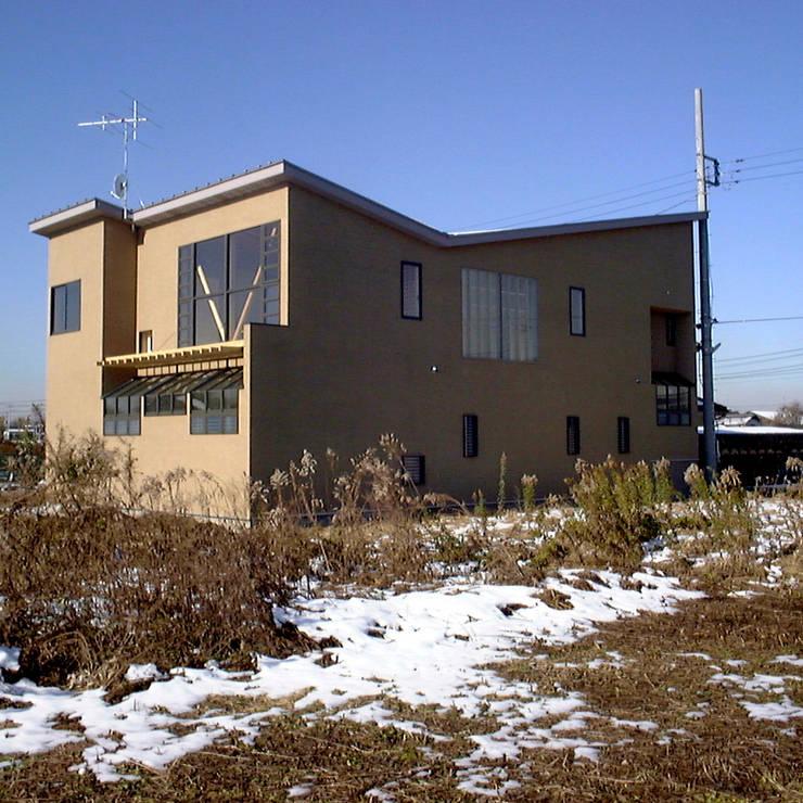 東南の外観: 濱口建築デザイン工房が手掛けた家です。