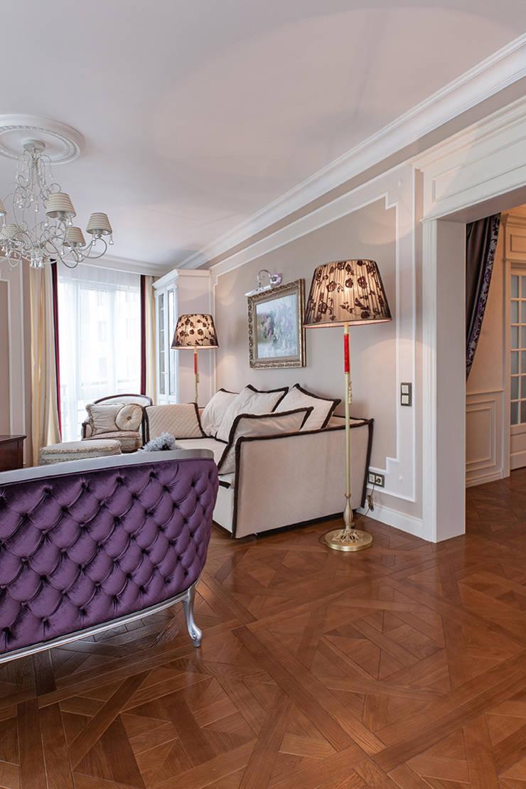 Дизайн 4-комнатной квартиры в ЖК «Дом на Давыдковской»: Гостиная в . Автор – Дизайн студия Ольги Кондратовой