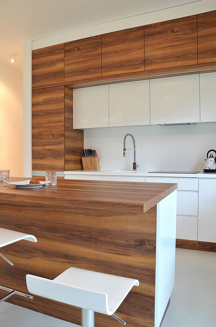 Kitchen oleh ArtDecoprojekt