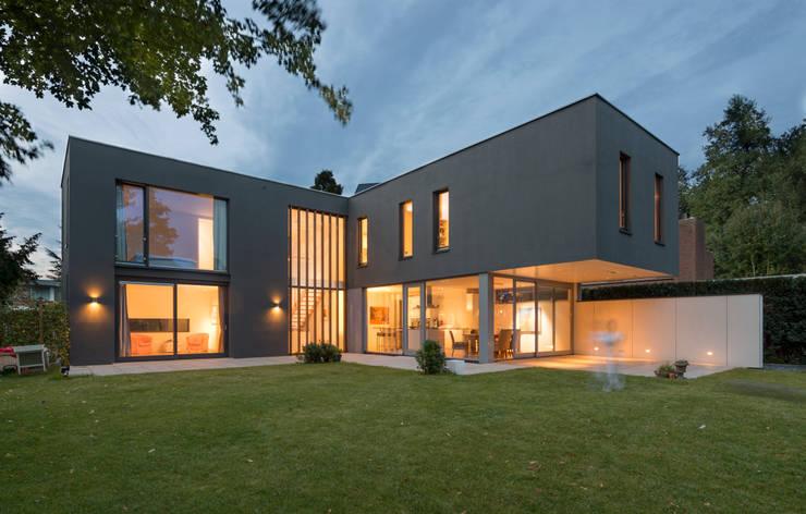 By night:  Huizen door Architect2GO