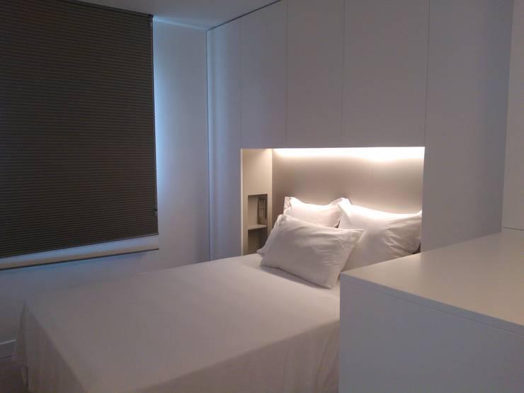 Projekty,  Sypialnia zaprojektowane przez mae arquitectura