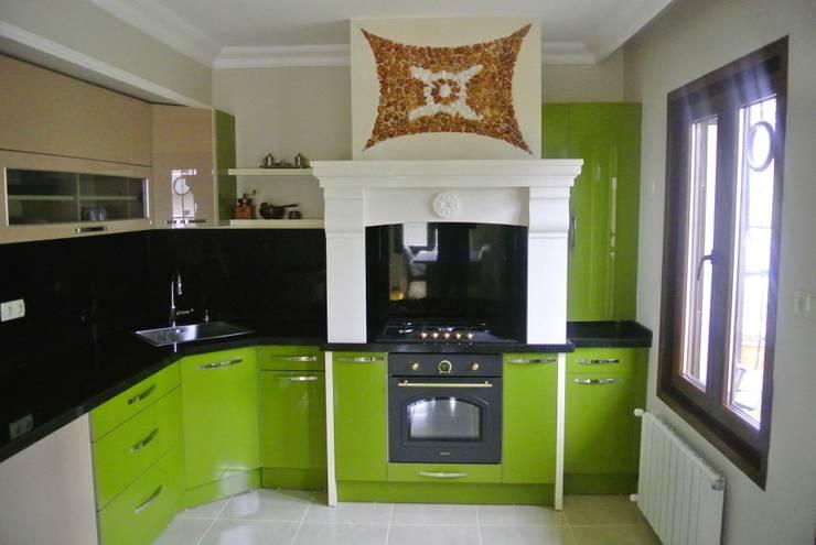 mcaliskan1905 – Mutfak Dolapları:  tarz Mutfak