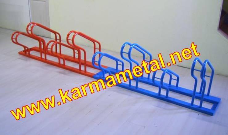 Salones de estilo  de KARMA METAL, Industrial