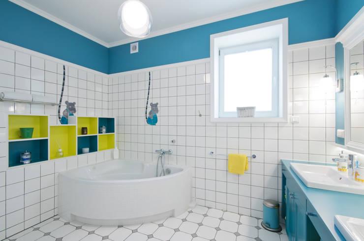 Dom w Wilanowie : styl , w kategorii Łazienka zaprojektowany przez 3deko
