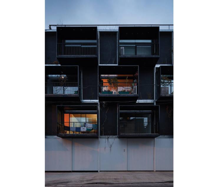 Quintana 4598: Casas de estilo moderno por IR arquitectura