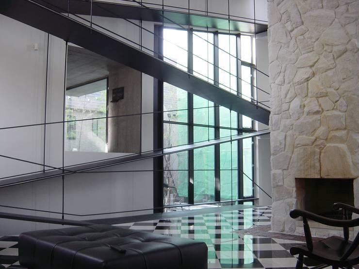 K seminar house: suz-sasが手掛けた和室です。