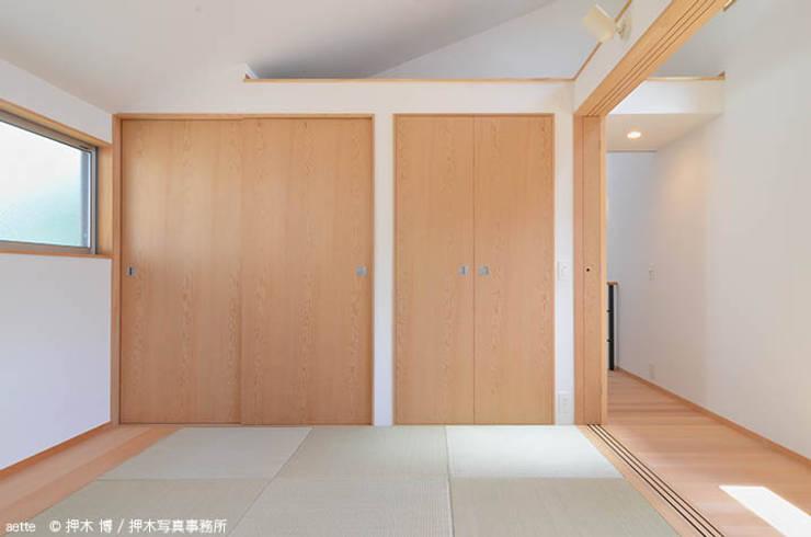 aette: 竹内建築デザインスタジオが手掛けた寝室です。,オリジナル