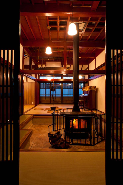 悠々家: 一級建築士事務所  M工房が手掛けたオフィススペース&店です。,