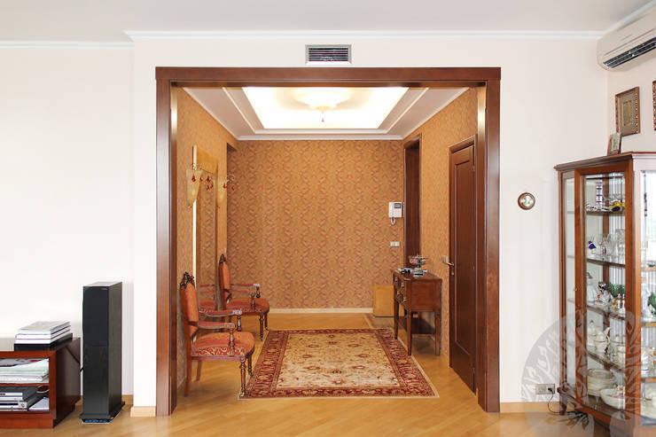 Интерьер с элементами : Прихожая, коридор и лестницы в . Автор – Lesomodul